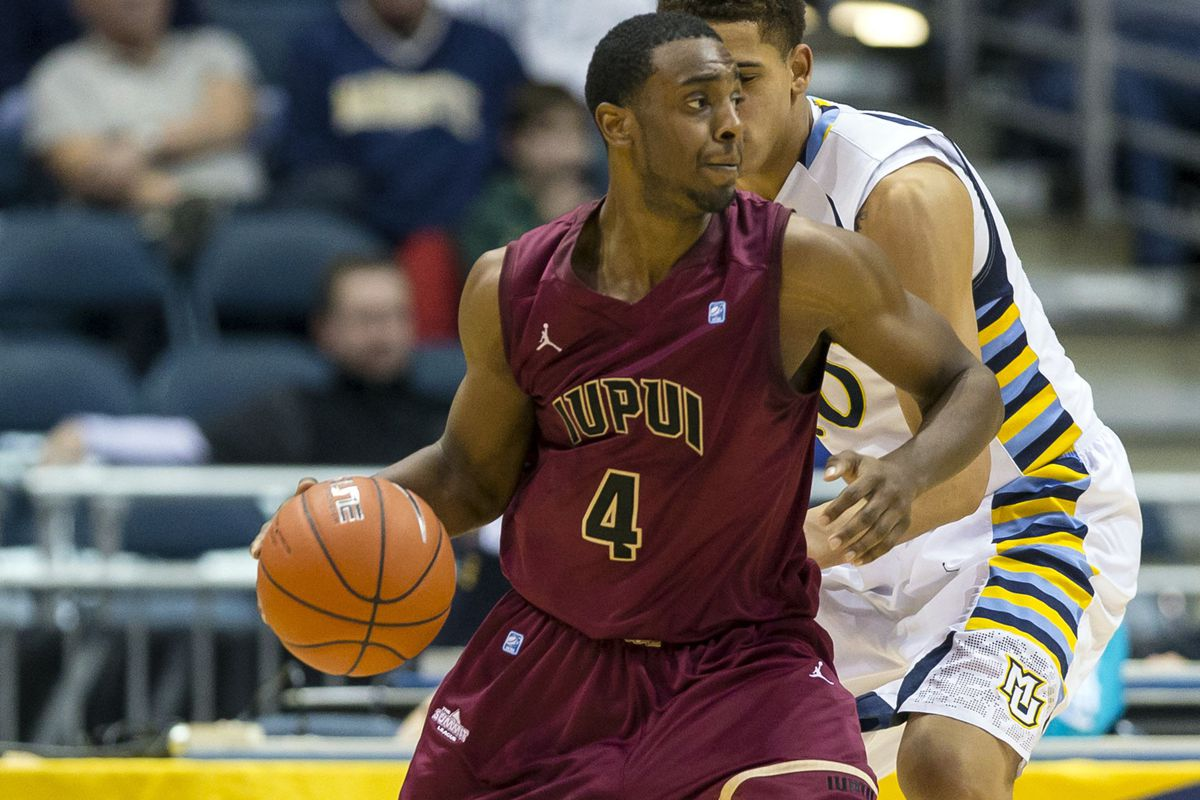 Ian Chiles, the guard from IUPUI, has decided to play his final season at Tennessee.