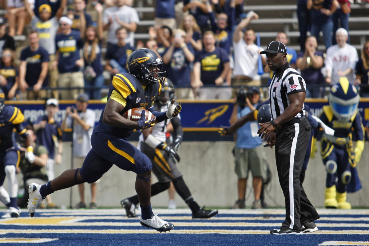 Can Kareem Hunt and the Rockets protect the Glass Bowl against Ball State?