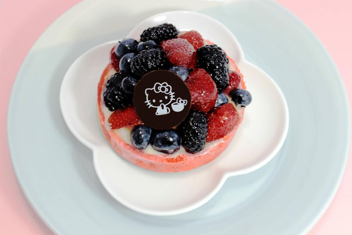 Hello Kitty Cafe pastry