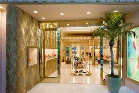 Miami S Best Shoe Stores 29 Places For Sneakers Stilletos And More Racked Miami