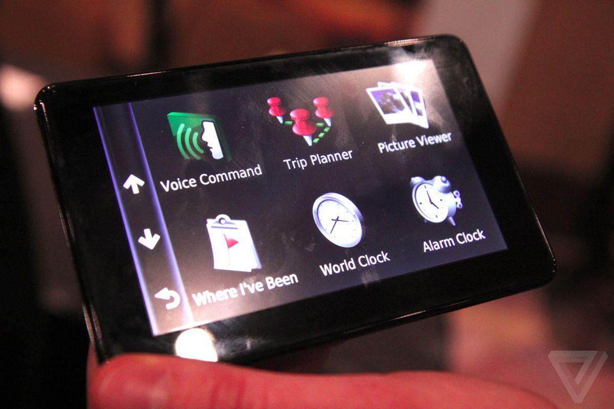 Gallery Photo: Garmin 3500 nüvi GPS line and Android app photos