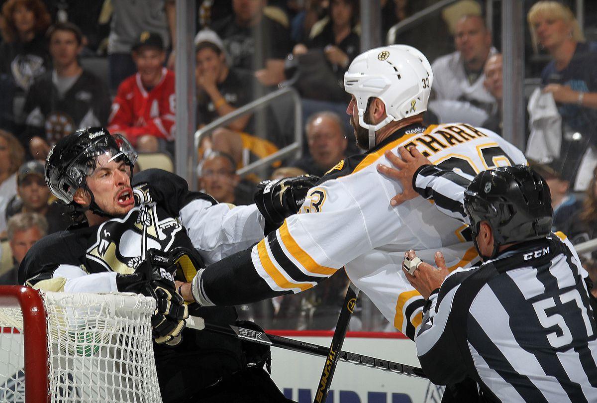 Boston Bruins v Pittsburgh Penguins - Game One