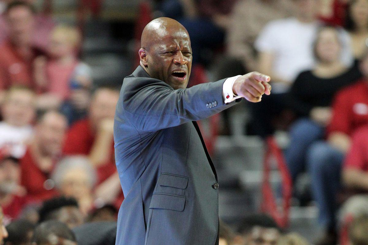 NCAA Basketball: Georgia at Arkansas