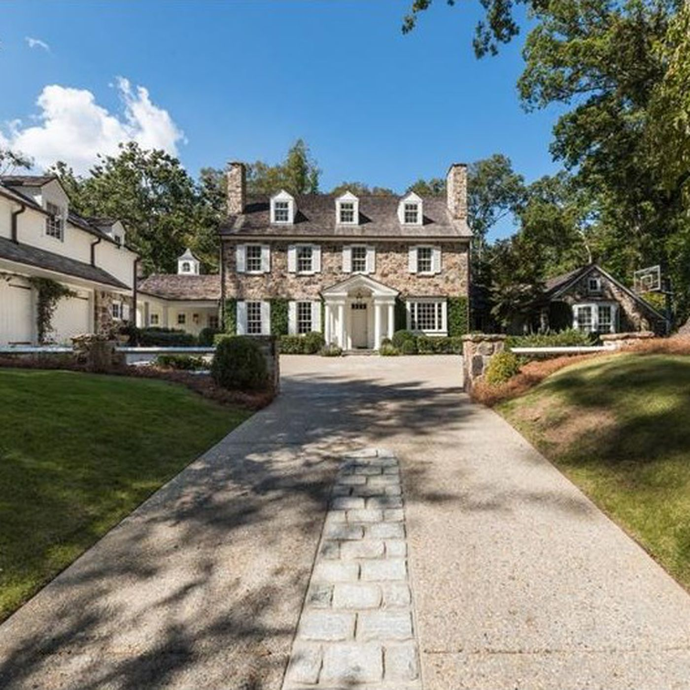 Big Time Buckhead Sports Agent Lists Mansion For Nearly 6m Curbed Atlanta