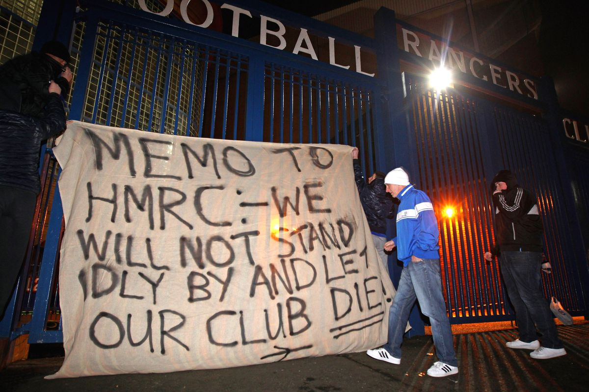 Rangers fans got the right idea, not that it helped much...