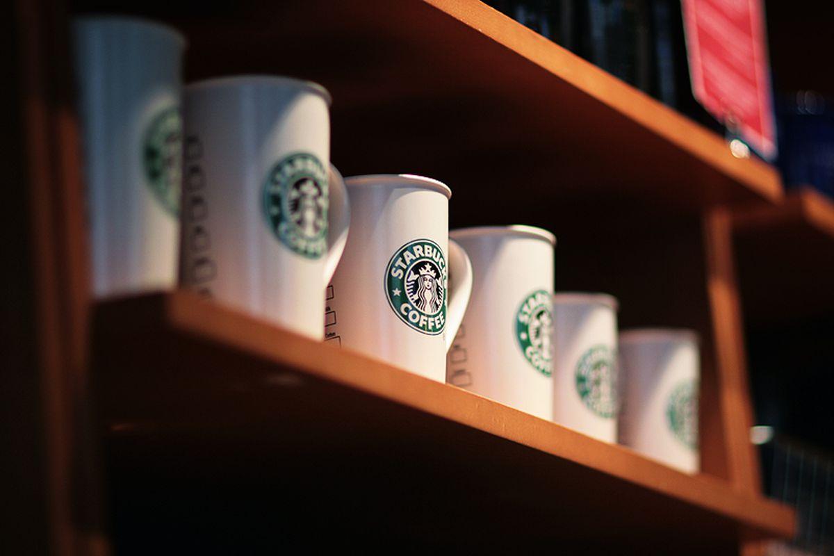 starbucks (flickr)