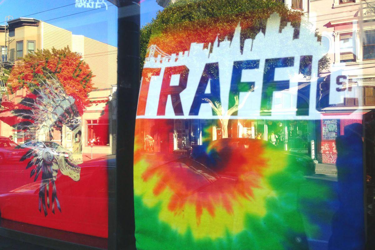 "Traffic on Haight. Photo via <a href=""http://hoodline.com/2015/01/traffic-opens-at-1597-haight"">Hoodline</a>"