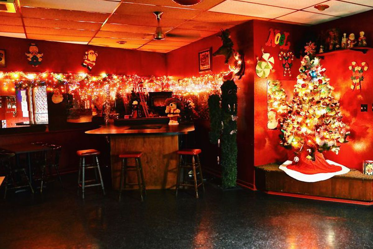 Update Forever Christmas Dive Bar Lala S Reopens Under