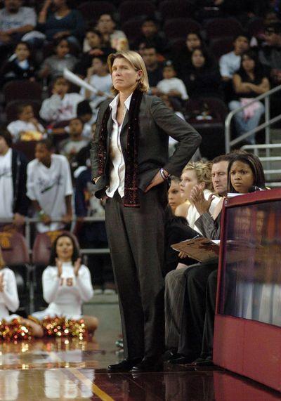 NCAA BASKETBALL: JAN 26 Oregon v USC