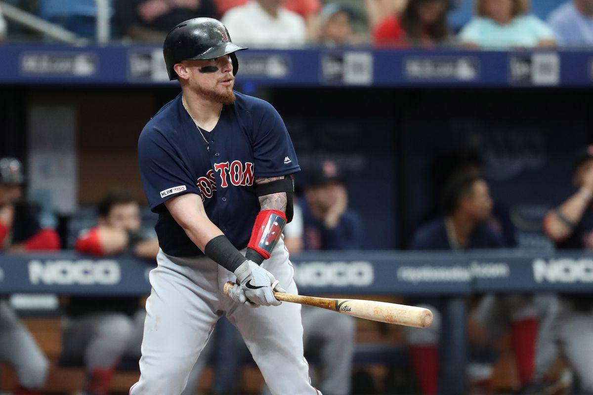 Boston Red Sox catcher Christian Vázquez is finally hitting