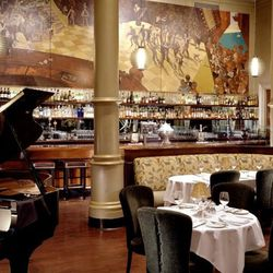 1940's nostalgia rules this FiDi establishment as live jazz flows through the two-story interior. With ornate columns, original art pieces and white table cloths meeting a gorgeous mahogany bar up front, it's no wonder Bix has been featured in several fil