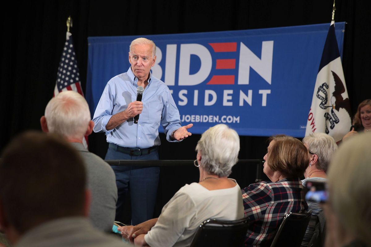 Joe Biden's behavior with girls and women draws scrutiny - Vox