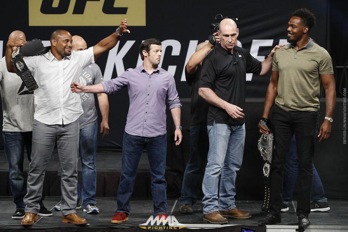 7b59af91d76 UFC 214  Daniel Cormier would rather fight Jon Jones a third time before  facing Jimi Manuwa