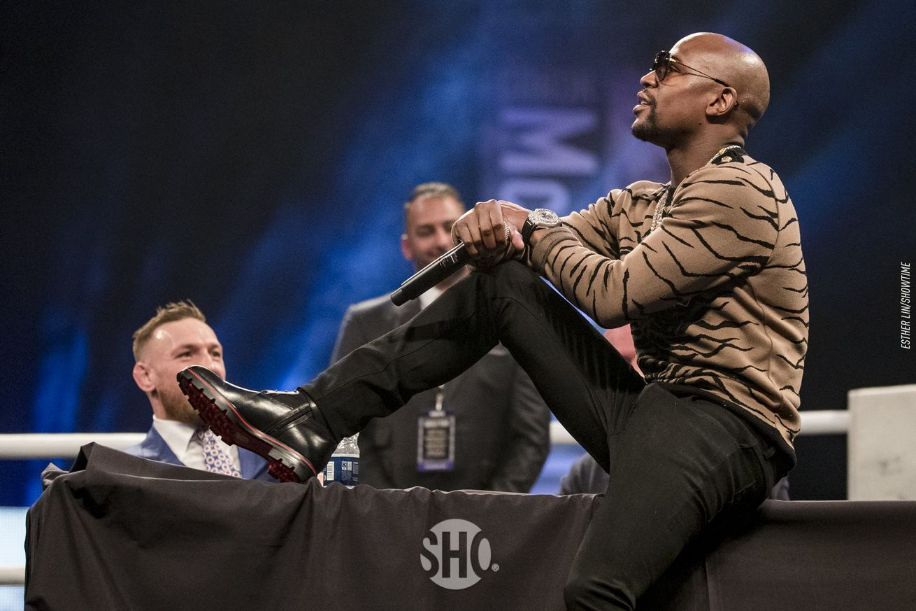 Floyd Mayweather: It's obvious I'm getting in Conor McGregor's head