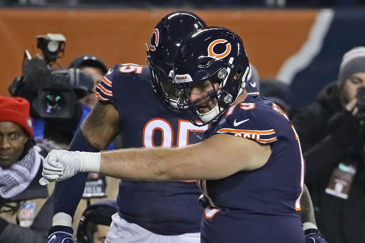 Bears sign Bradley Sowell