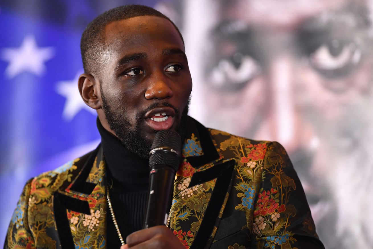 1094476360.jpg.0 - Crawford: Shields 'would do well' boxing McGregor