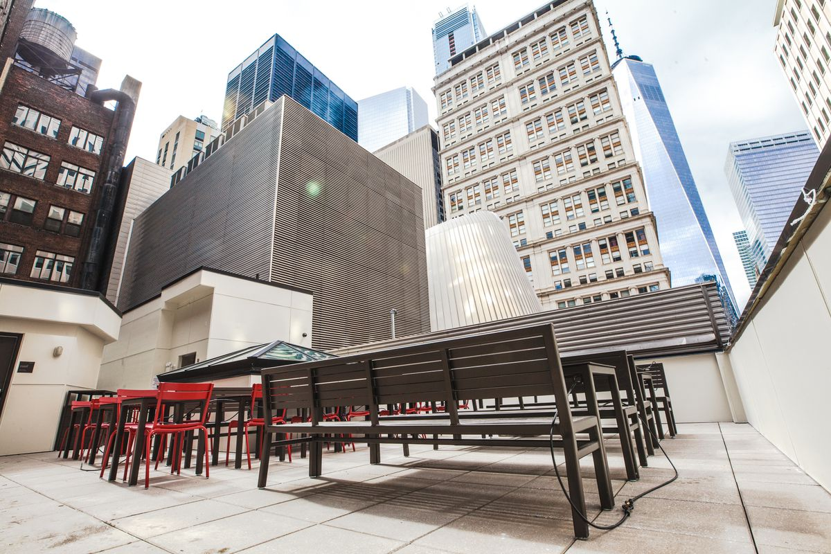 The Biggest Chick-fil-A Ever Opens in FiDi - Eater NY