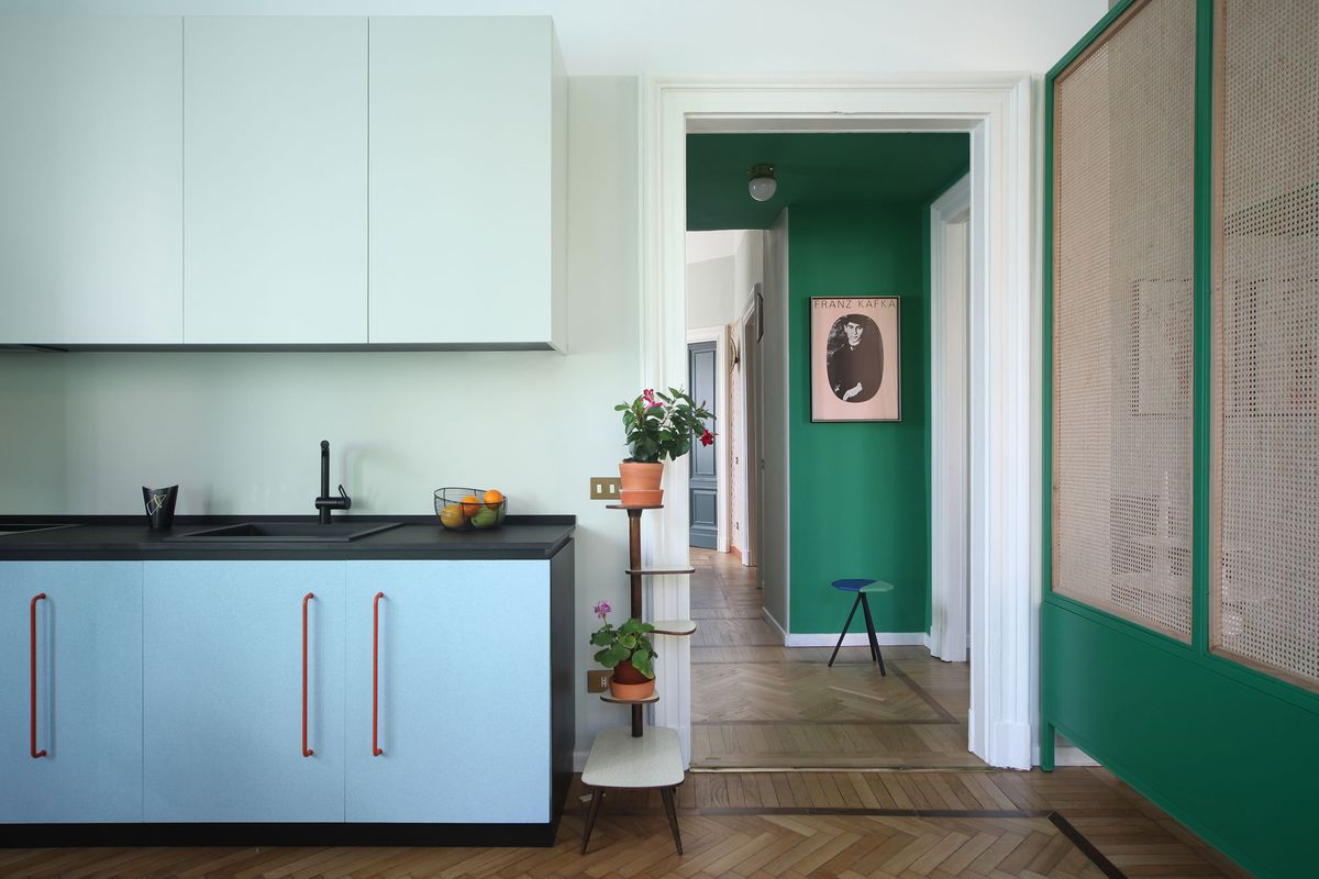 Ravishing colors bring this Milan apartment renovation to life - Curbed