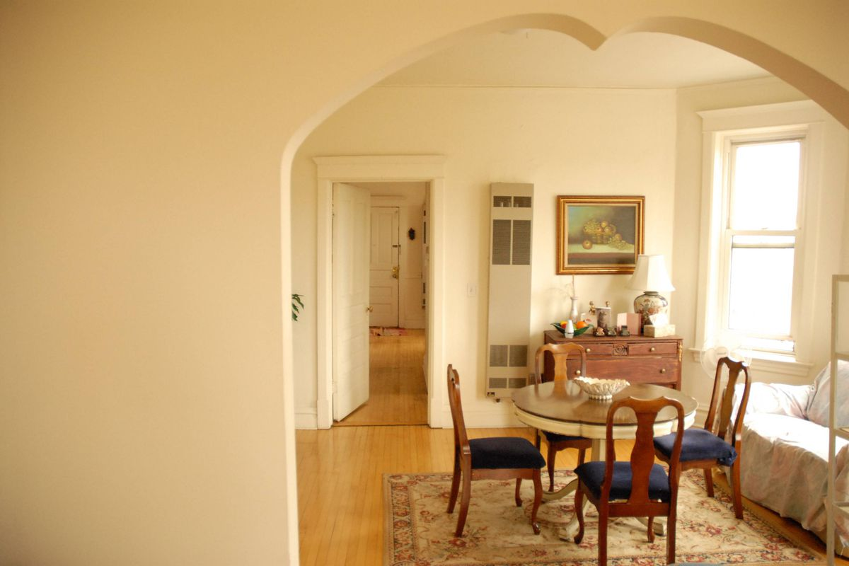 Rent This Three-bedroom Apartment In Humboldt Park For