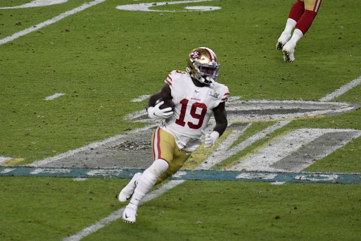 Deebo Samuel of the San Francisco 49ers carries the ball against the Kansas City Chiefs in Super Bowl LIV at Hard Rock Stadium on February 02, 2020 in Miami, Florida.