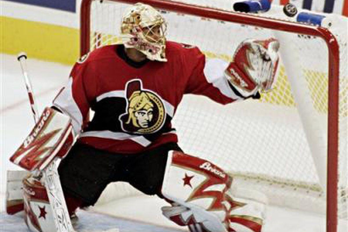 """via <a href=""""http://www.hockeygoalies.org/bio/images/emery.jpg"""">www.hockeygoalies.org</a>"""