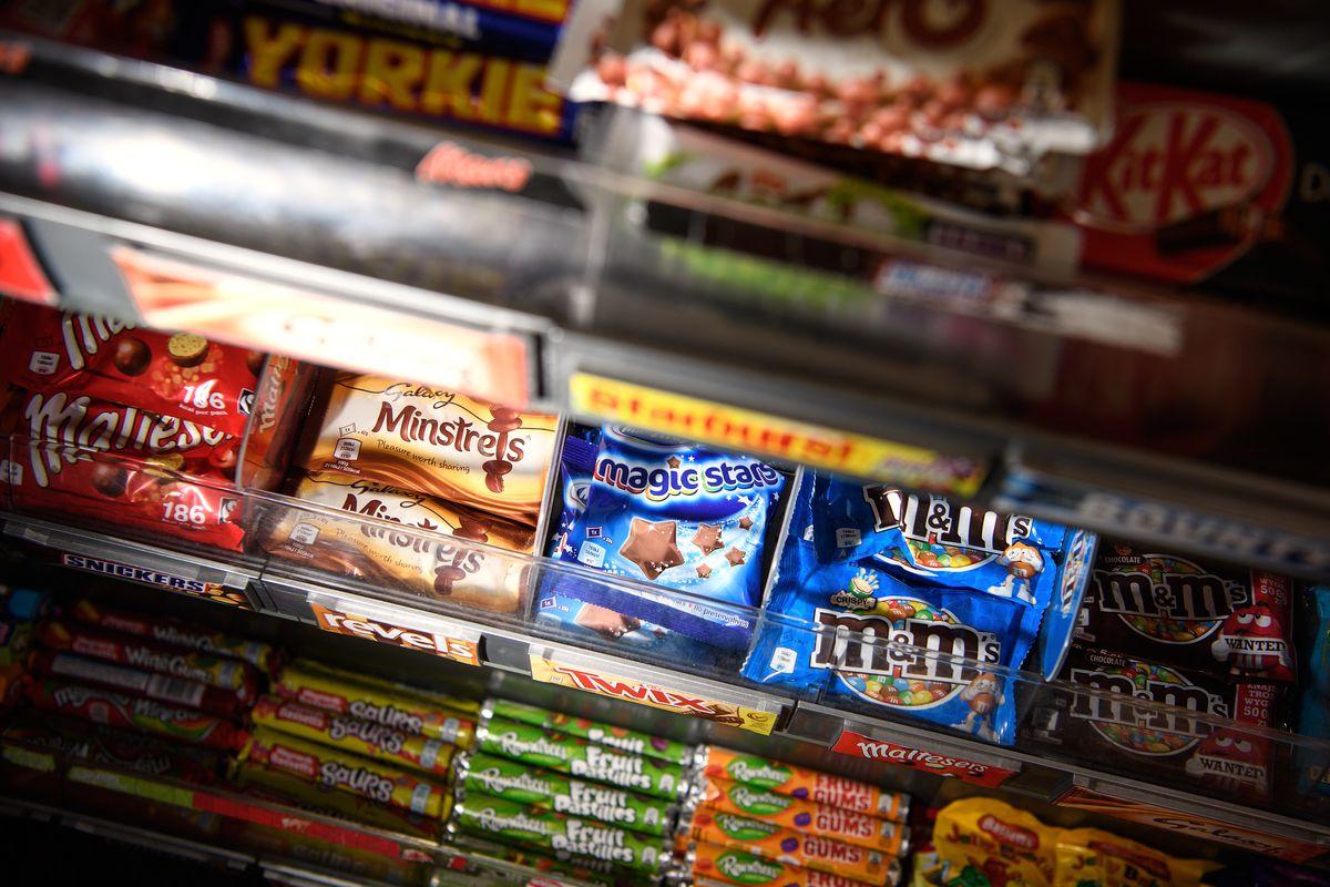 Watchdog Bans Online Junk Food Adverts Aimed At Children