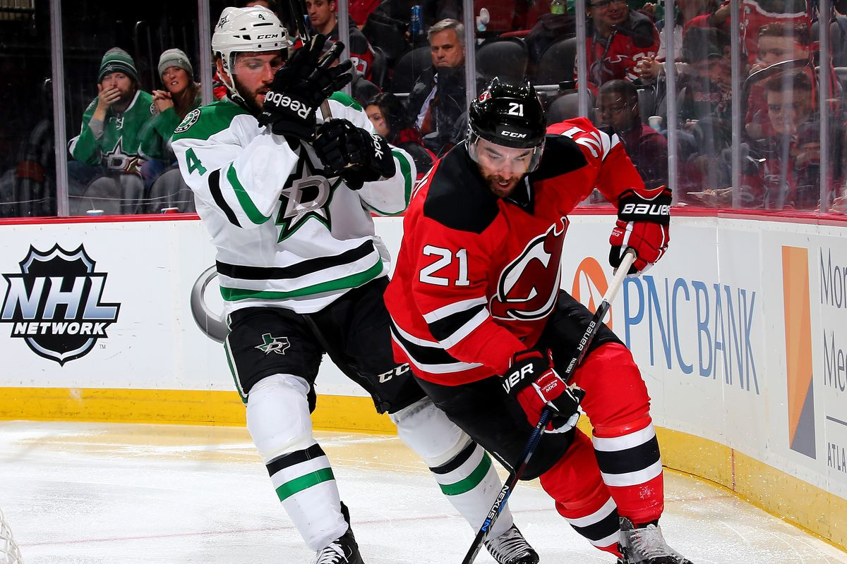 Tonight, the Devils and Stars battle it out in Dallas.