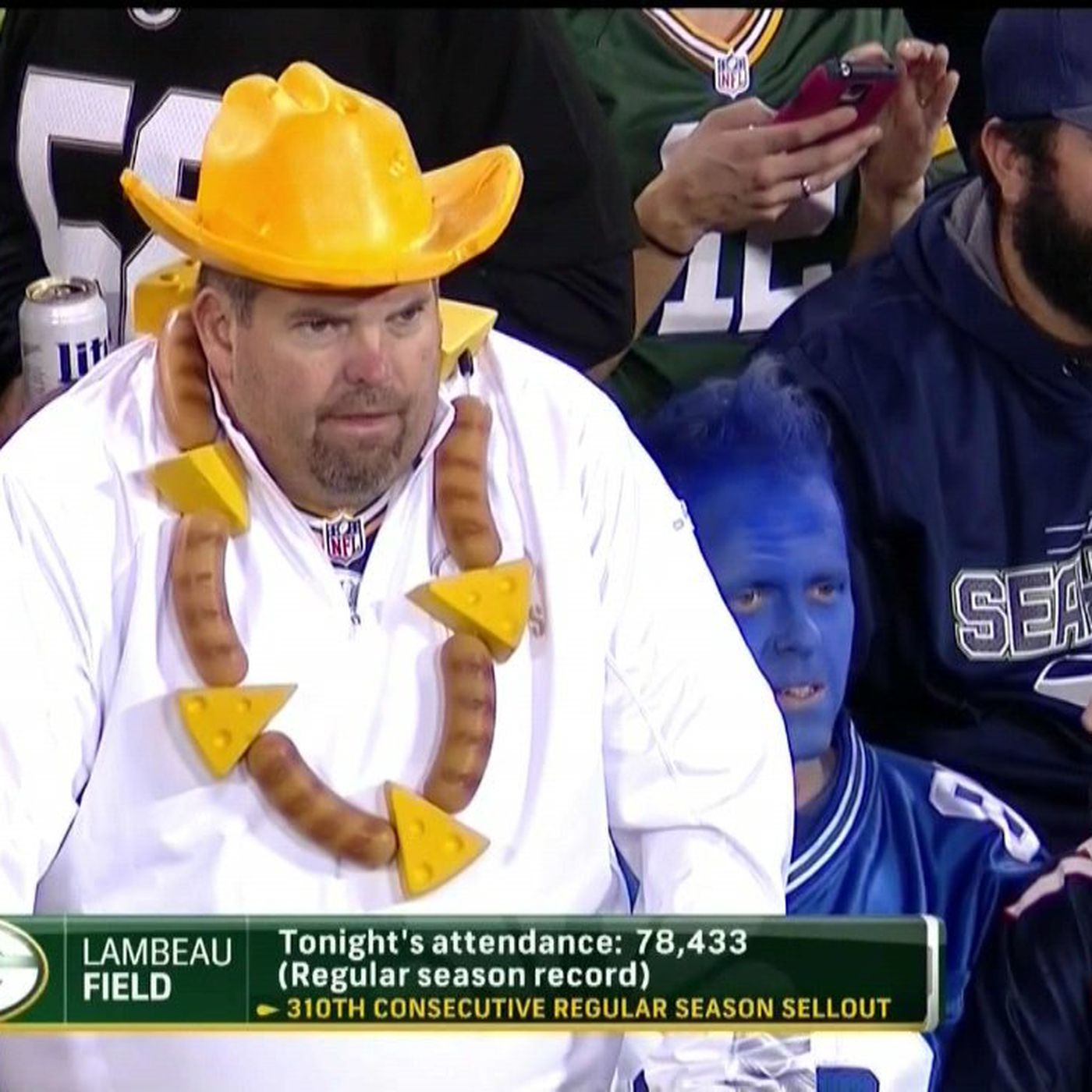 Hero Packers fan wore necklace made out of bratwurst and cheese ... 8feb25bcf9d