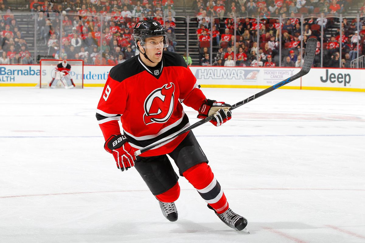 Devils winger Taylor Hall will miss 3-4 weeks recovering from knee surgery e4fce5a95