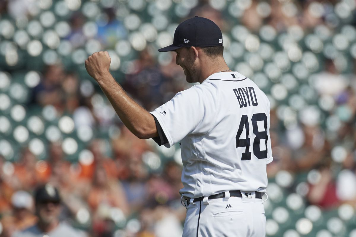 Tigers give up 17 runs in lose to White Sox Thursday