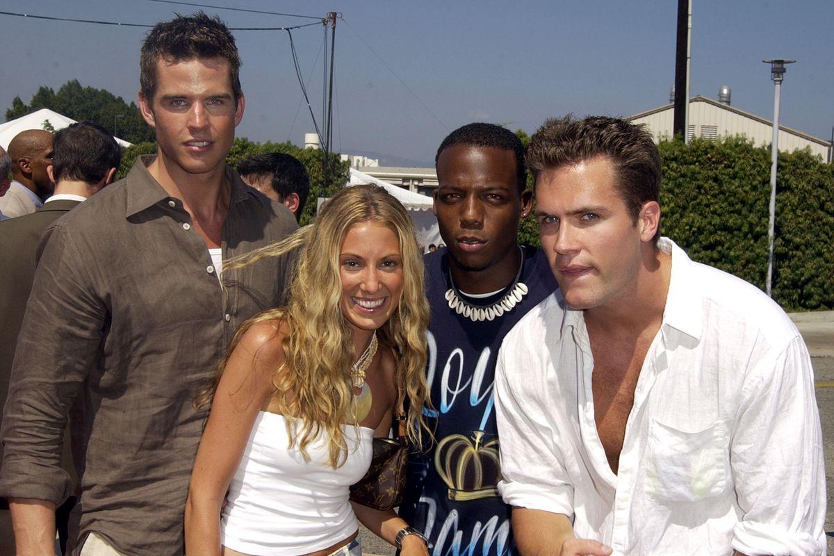 The 2002 Teen Choice Awards - Arrivals