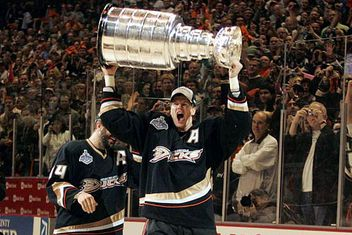 Top 25 Ducks of All Time   7 Chris Pronger 5bc17bfe7