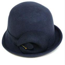 "<a href=""http://www.joanshepp.com/store/product3856.html#!prettyPhoto"">Jeanne Simmons hat</a>, $68 at Joan Shepp"