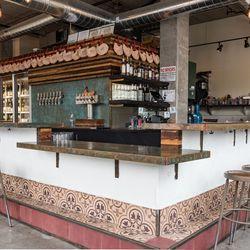 Bar Botellón