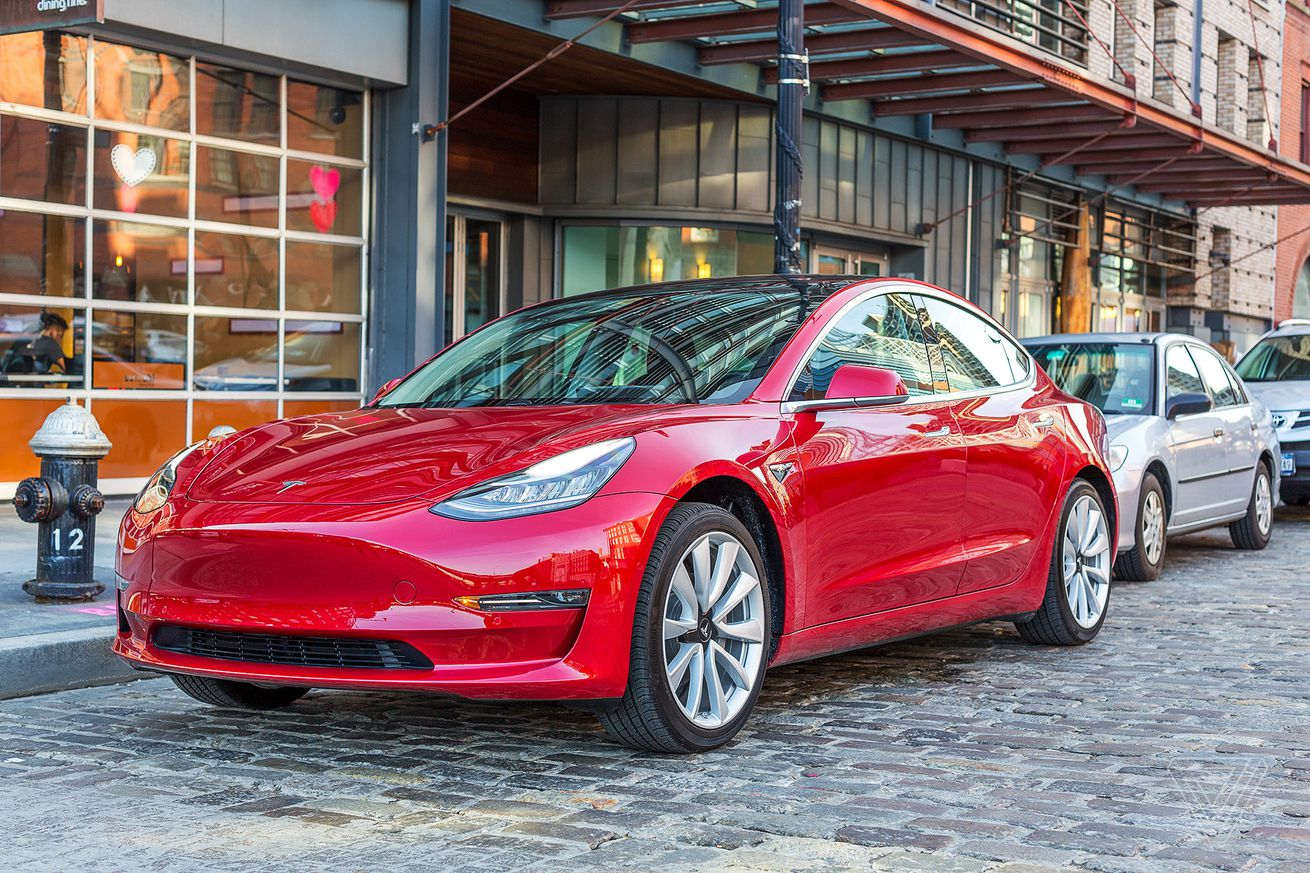 we drove a tesla model 3 around new york with mkbhd