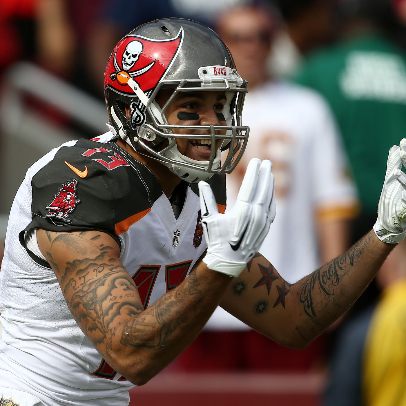 Mike Evans Loves Muhammad Ali S Fire And Trash Talking Bucs Nation