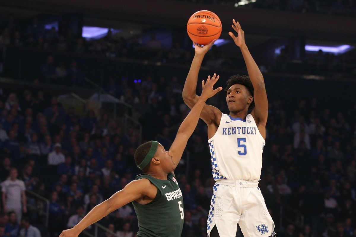Ncaa Basketball Rankings Kentucky Takes Over Top Spot In Ap