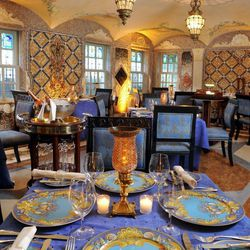 Barton G. is known to reign supreme when it comes to presentation, and his dining room at the Villa by Barton G. is no exception. Everything is opulent and lavish at the former Versace mansion.