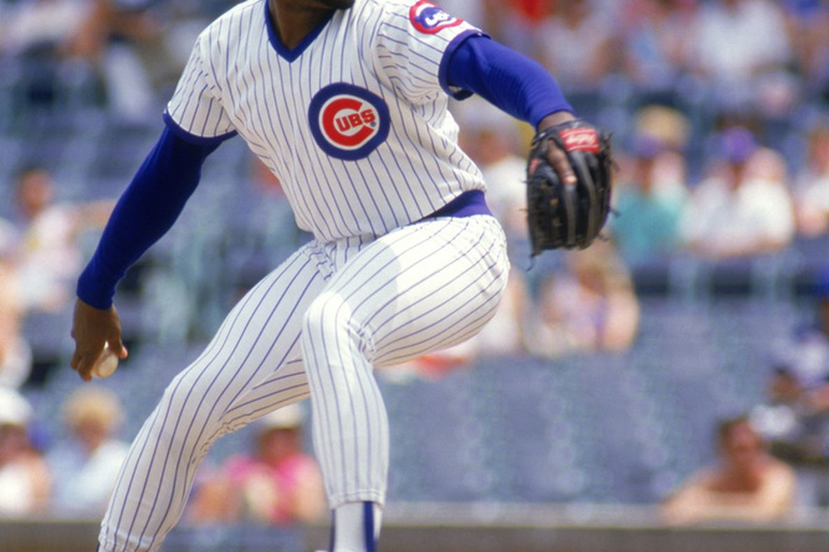 Lee Smith of the Chicago Cubs winds back to pitch during a game at Wrigley Field in Chicago, Illinois. (Photo by: Jonathan Daniel/Getty Images)