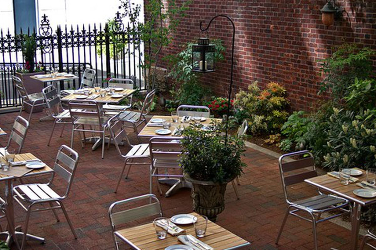 Rittenhouse Tavern's outdoor space is stunning