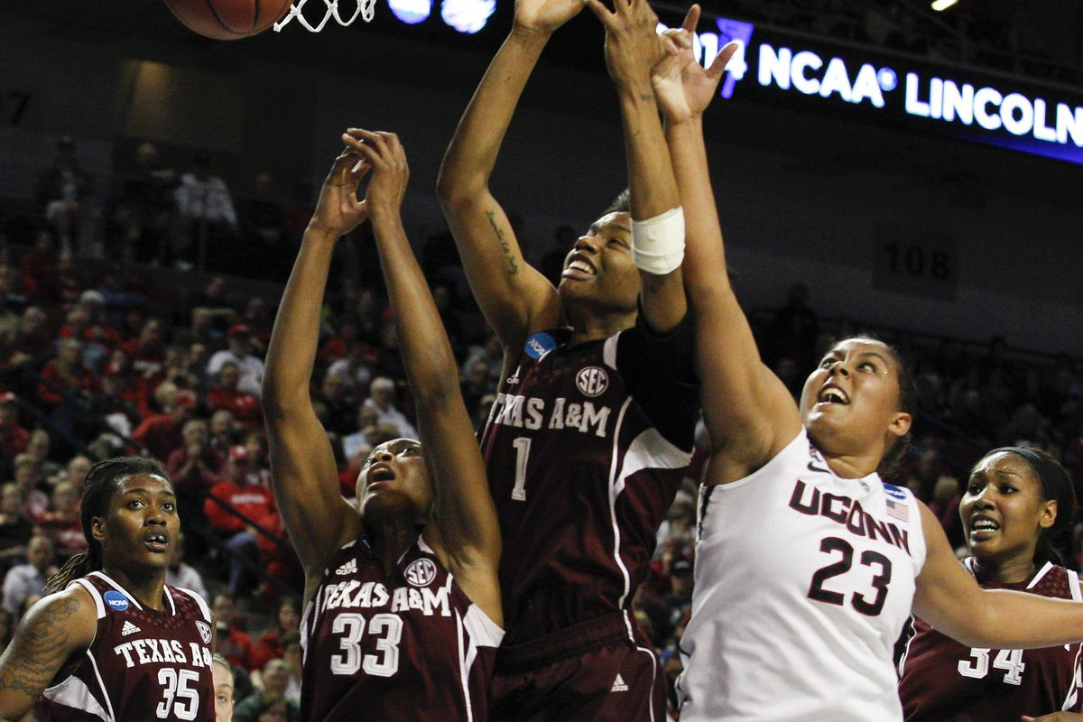 The Ags fought hard but went down to Kaleena Mosqueda-Lewis and #1 UConn
