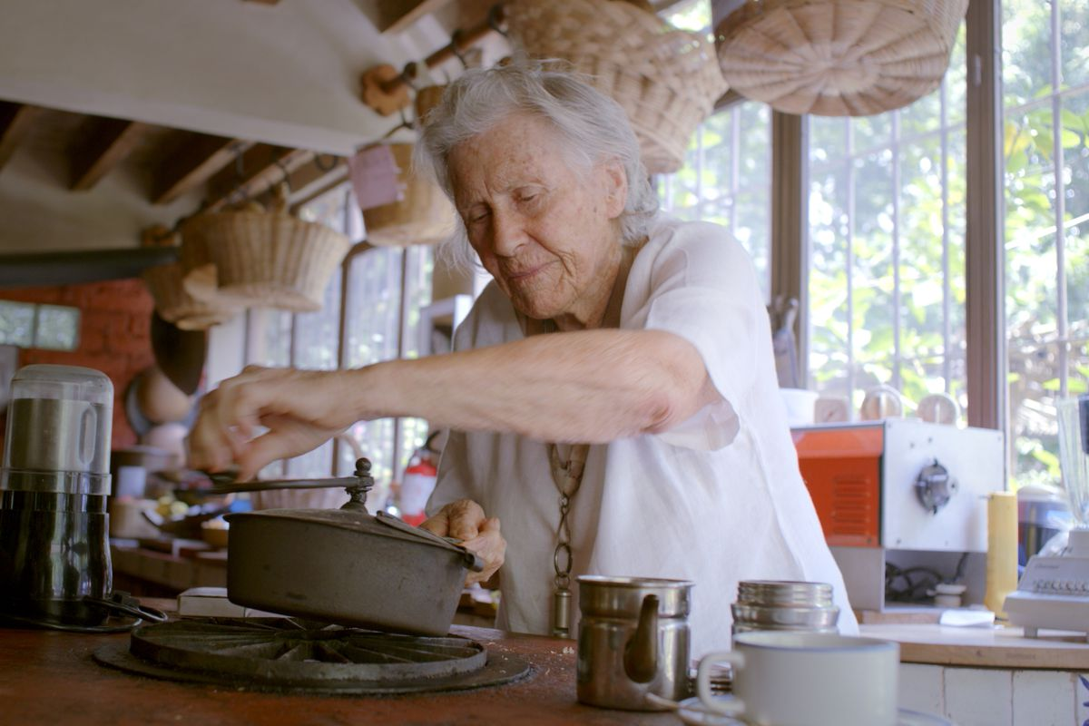 Diana Kennedy roasts coffee in a large open kitchen