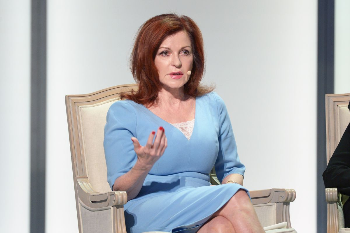 Maureen Dowd of The New York Times at a Glamour event.
