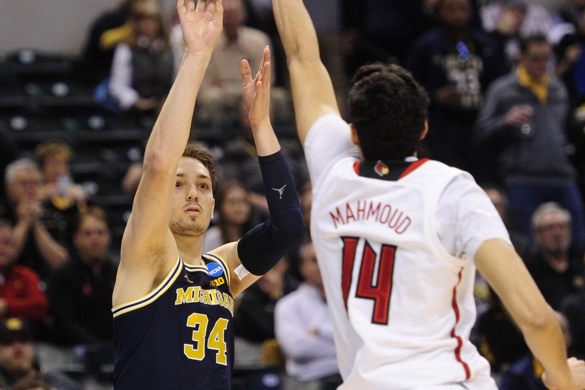NCAA Basketball: NCAA Tournament-Second Round-Michigan vs Louisville