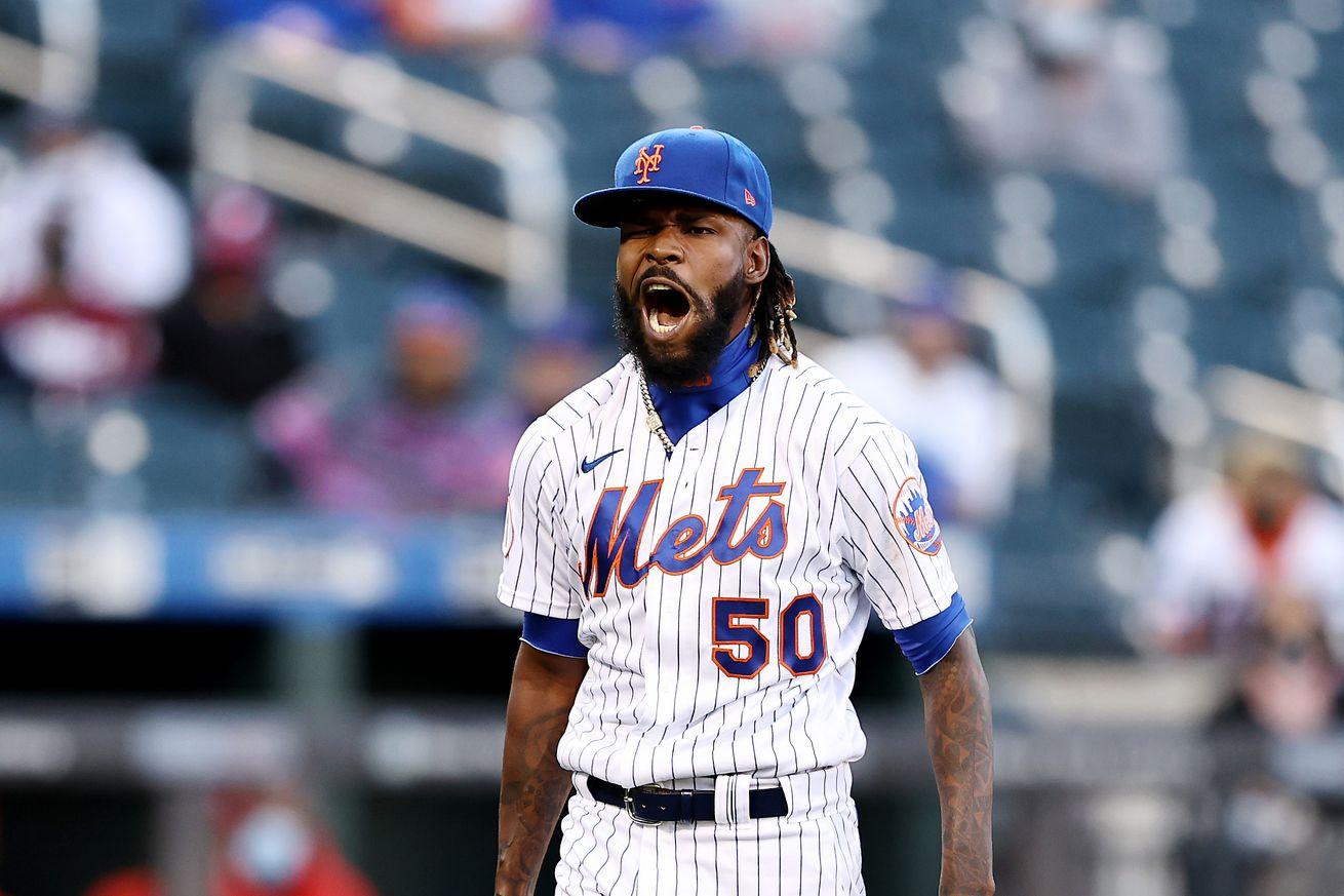 Philadelphia Phillies v New York Mets Game 1