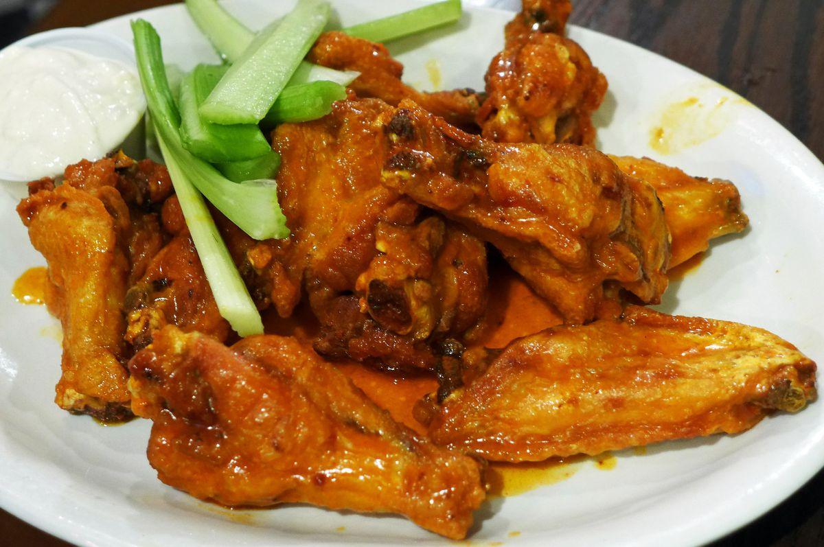 Buffalo wings as served in Buffalo at Anchor Bar