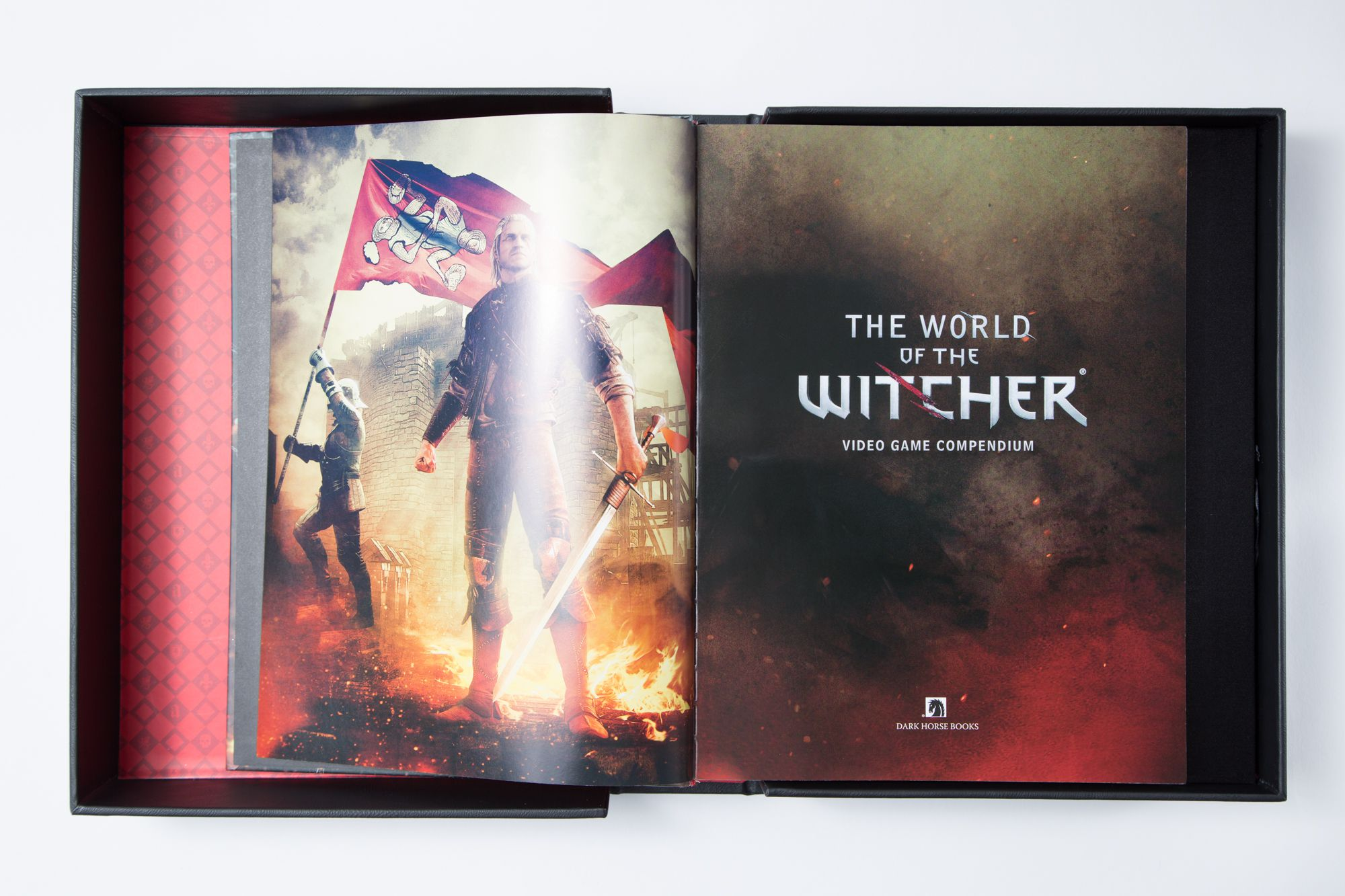 This is what a $100 Witcher lore pendium looks like