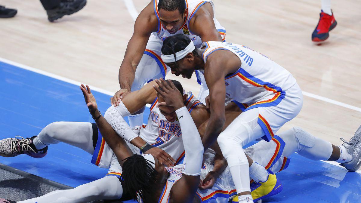 NBA: San Antonio Spurs at Oklahoma City Thunder