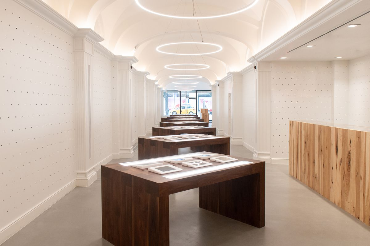 Medmen A New High Design Cannabis Dispensary Opens In Nyc Curbed