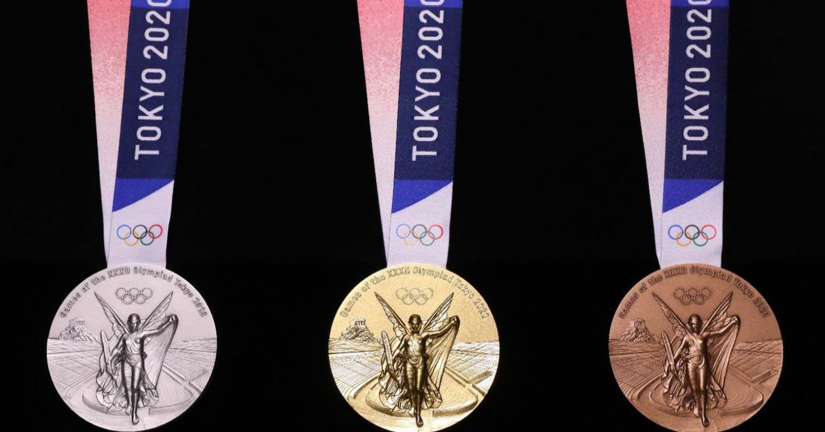Tokyo unveils 2020 Olympic medals harvested from old gadgets
